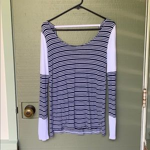O'NEILL- size small blue and white long sleeve